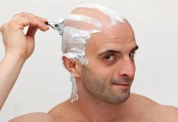 آیا تراشیدن مو با تیغ رشد آن را افزایش میدهد؟