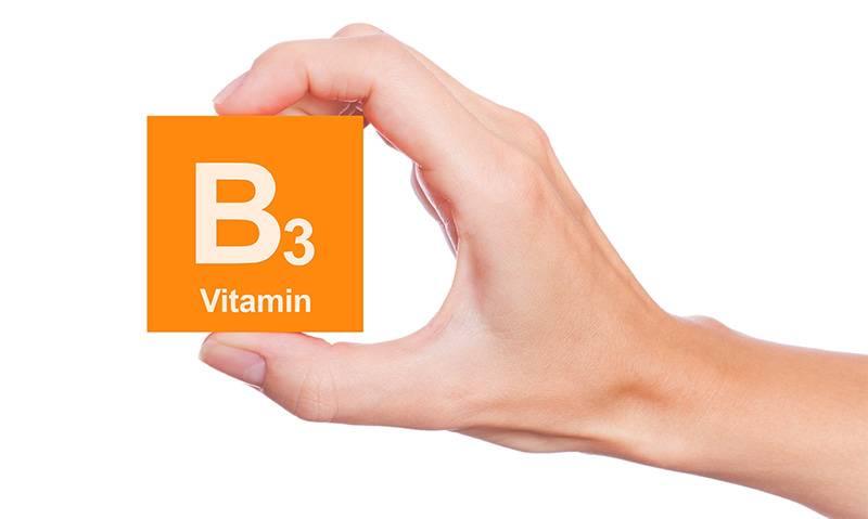 مصرف ویتامین B3 از ابتلا به آب سیاه پیشگیری می کند