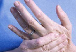 از بین بردن احساس سردی در دست و پا