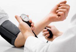مبتلایان به فشار خون و مراقبت های ضروری در منزل