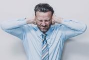 مشکلات روحی مبتلایان به اختلالات شنوایی