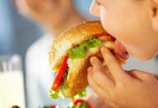 غذا خوردن احساسی را اینگونه کنترل کنید