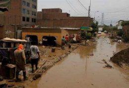 بارش باران های شدید و جاری شدن سیل در پرو
