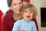 بررسی روحیات تازه مادران جوان و میانسال