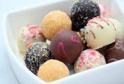 تاثیرات مخرب خوراکی های شیرین بر بدن