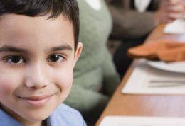 چگونه در عید نوروز به کودکان آداب معاشرت بیاموزیم؟