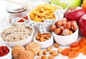 اهمیت مصرف تنقلات سالم