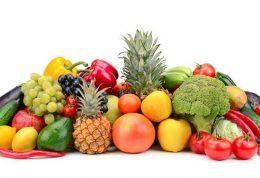 اهمیت تشویق افراد خانواده به خوردن میوه و سبزی