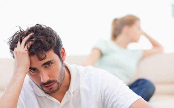 چه عواملی سبب همجنس گرایی در زنان و مردان می شود