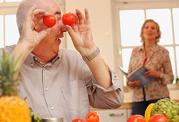 مقابله با آلزایمر با کمک میوه و سبزی