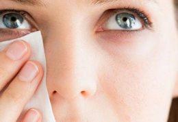 اهمیت پاک کردن آرایش از روی پوست