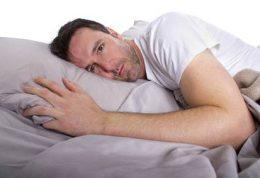 بررسی مشکلات خواب در زنان و مردان