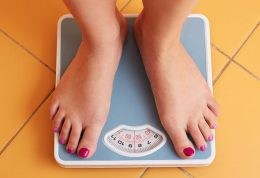 معرفی 7 ماده خوراکی برای جلوگیری و درمان چاقی