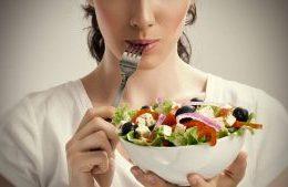 برای جلوگیری از ابتلا به سرطان رژیم غذایی خود را اصلاح کنید