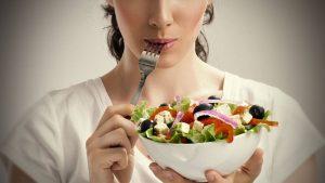 رژیم غذایی مناسب سبب تقویت عملکرد مغز می شود
