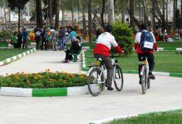 اجرای طرح سحاب توسط جوانان هلال احمری در روز طبیعت