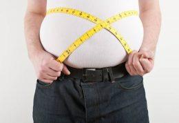 ارتباط بین مصرف وعدههای غذایی با چاقی