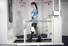 سیستم رباتیک برای کمک به افراد ناتوان