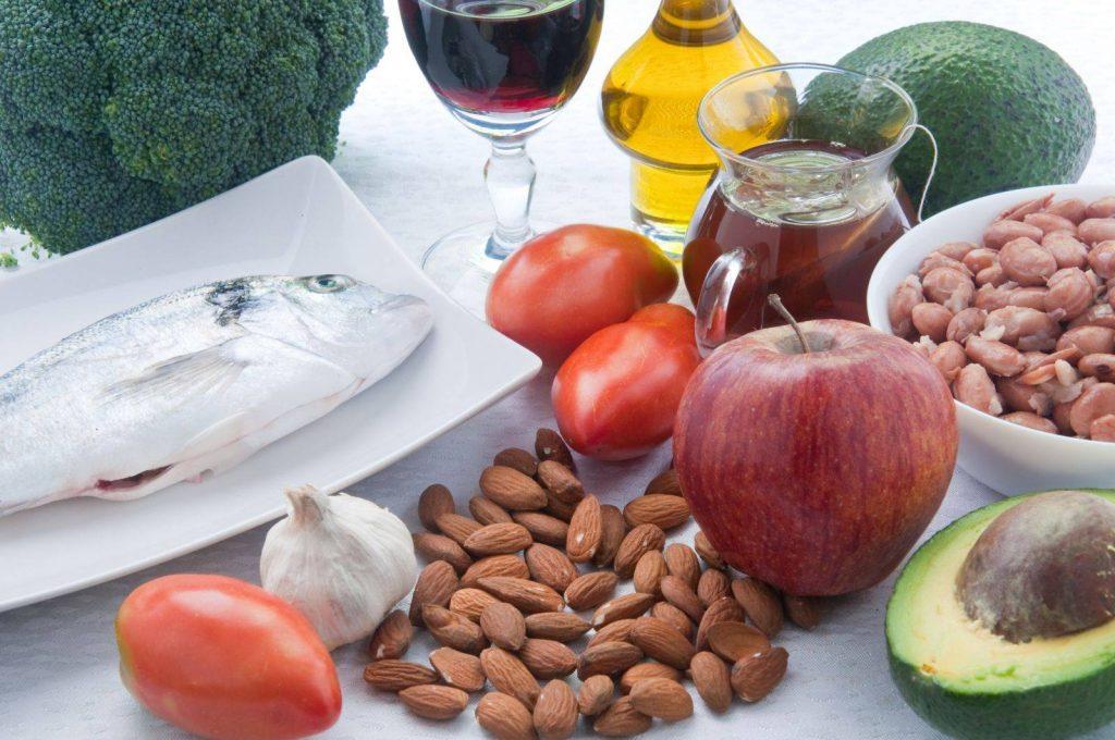 کنترل کلسترول خون با برخی منابع تغذیه ای