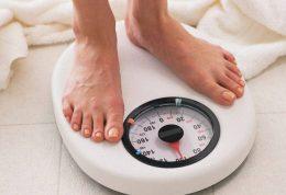 اضافه وزن ناشی از تعطیلات عید را چگونه برطرف نماییم؟