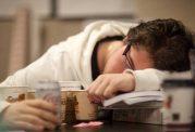 نقش تغذیه برای مقابله با خستگی و بی حالی