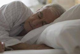 تاثیر اختلالات خواب بر ابتلا به زوال عقل و آلزایمر