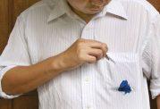 پاک کردن انواع لکهها از روی پوشاک با این روش سریع