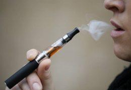 استفاده از سیگار الکترونیک عامل اصلی ابتلا به سرطان مثانه