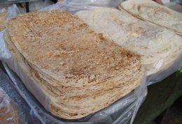 بررسی مضرات مصرف نان لواش برای سلامت دانش آموزان