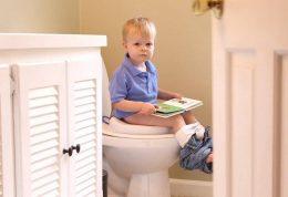 آغاز یادگیری دستشویی رفتن توسط اطفال