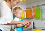 چگونه فرزندان خود را مسئولیت پذیر بار بیاوریم