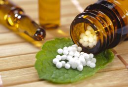 کاهش مصرف داروهای شیمیایی با طب هومیوپاتی