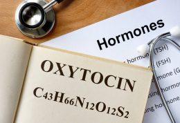 اکسی توسین، هورمون رابطه بحرانی