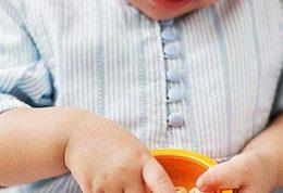 گنجاندن میوه در برنامه غذایی شیرخوار