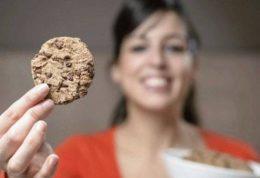 پیامدهای علاقه به مصرف شیرینی جات