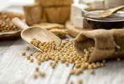 با رژیم غذایی حاوی سویا بیماریهای خود را درمان کنید