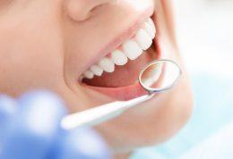 کدام مواد غذایی برای سلامت دندان مفید هستند