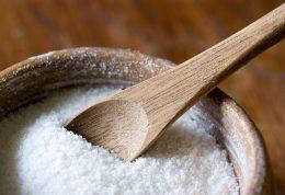 ترفندهای خانه داری با نمک