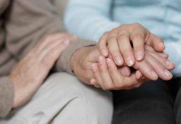 نکات مهم برای مراقبت از عضو خانواده با بیماری مزمن