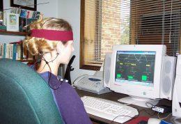 نوروفيدبك روشي براي درمان اختلالات رواني