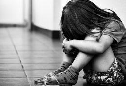 بررسی آسیب های جنسی در فرزندان