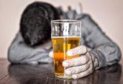 چگونه الکل باعث اختلالات روانپزشکی می شود؟