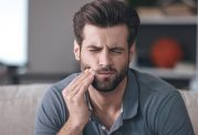 علت بروز دندان درد در هنگام شب