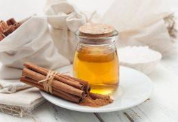خوردن یک قاشق عسل قبل از خواب و این معجزه ها