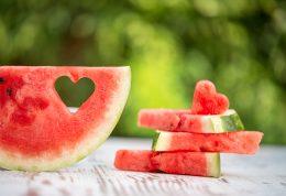 حفاظت از پوست در مقابل اشعه خورشید با هندوانه
