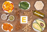 با عوارض و فواید ویتامین E آشنا شوید