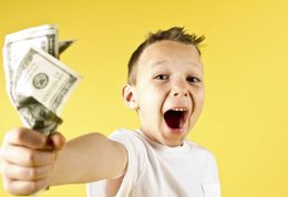 تشویق و پاداش روشی مناسب برای آموزش و تربیت کودکان