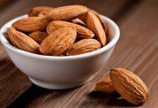 برای کاهش وزن و جلوگیری از پرخوری از مصرف بادام غافل نشوید!