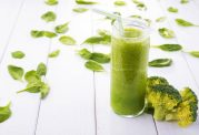 افزایش سلامت دستگاه گوارش با اسموتی سبز رنگ