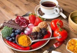 پیشگیری از سرطان با این 6 ماده غذایی